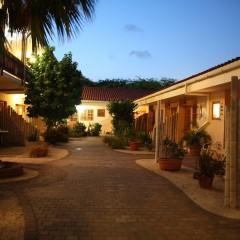Camacuri Apartments evening