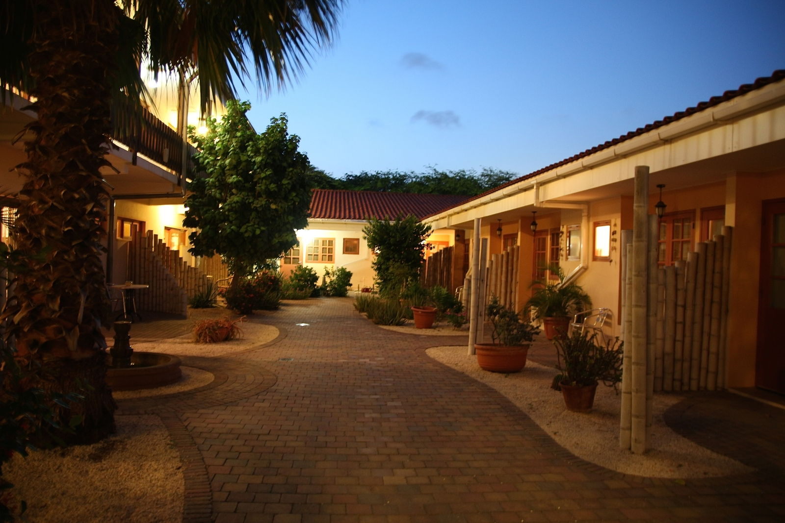 Our facilities and services | Camacuri Residence ...